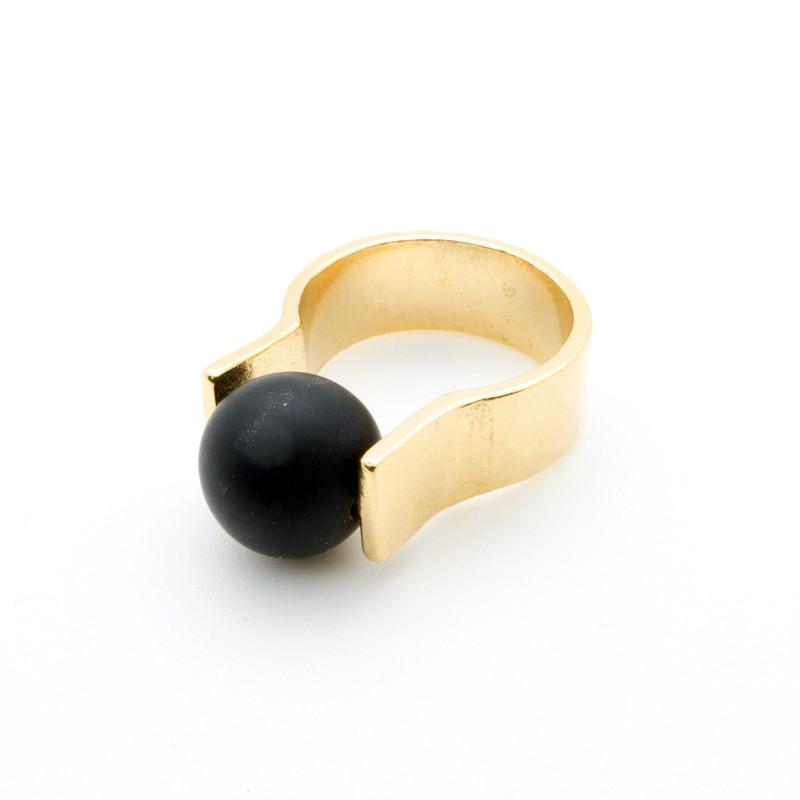 Onyx Orbit Ring