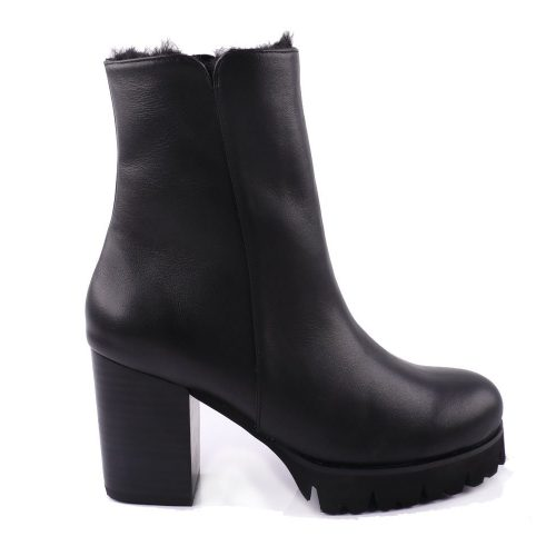 Ariana Bohling Percy Winter Boot